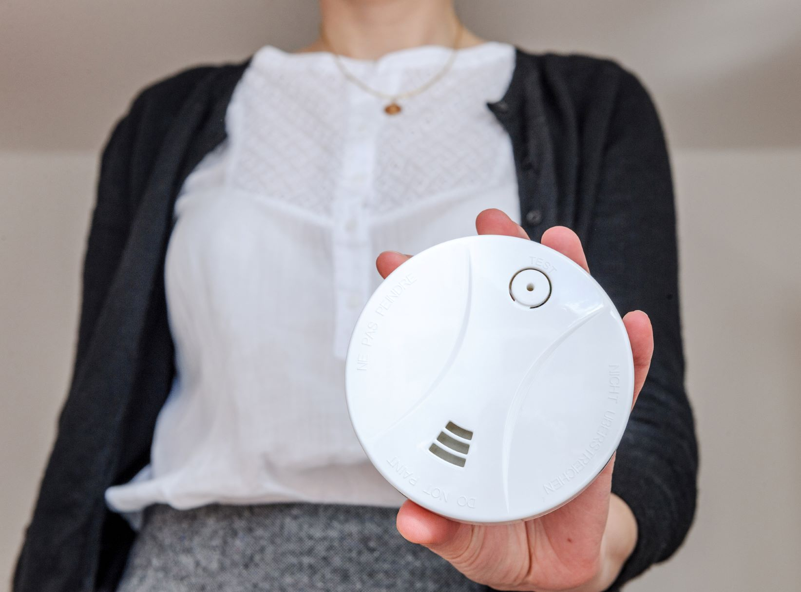wireless interconnected smoke detectors